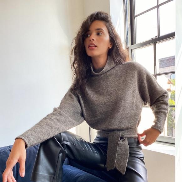 Aritzia Lorin Sweater-**PINK**